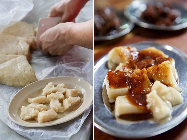 Cutting up the wobbly alkaline rice cake with a plastic knife (left). Alkaline rice cake is an old-fashioned treat with its wobbly texture and braised pork sauce (right).