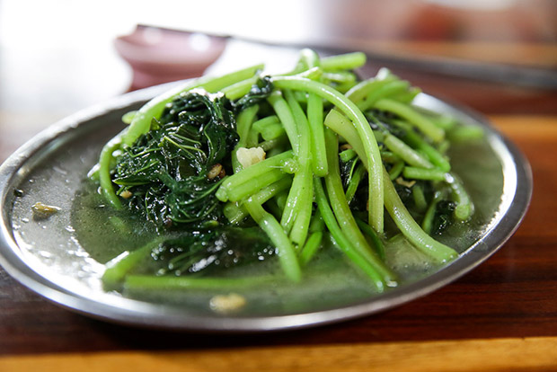 Simple but tasty: the stir fried sweet potato leaves.