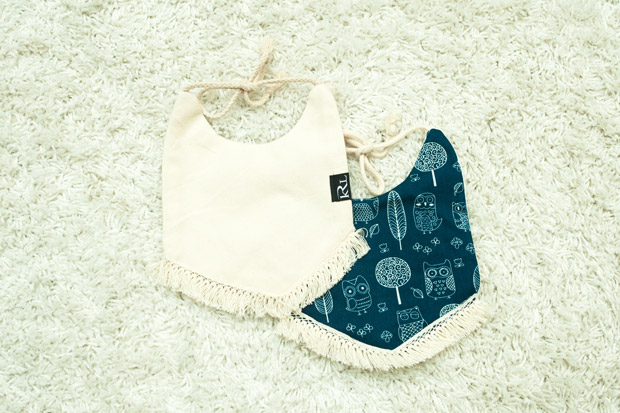 thelittlekrl Bandana Bibs are equipped with easy to snap on buttons.
