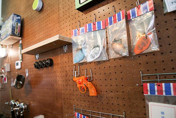 Piu Piu Piu's décor courtesy of DIY enthusiast Unagi.