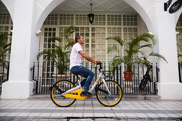 Spot the striking yellow bikes around Klang Valley. — Pictures by Choo Choy May and courtesy of oBike Malaysia