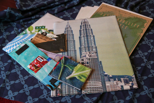 Biji-Biji's folders and cardholders made of upcycled materials.