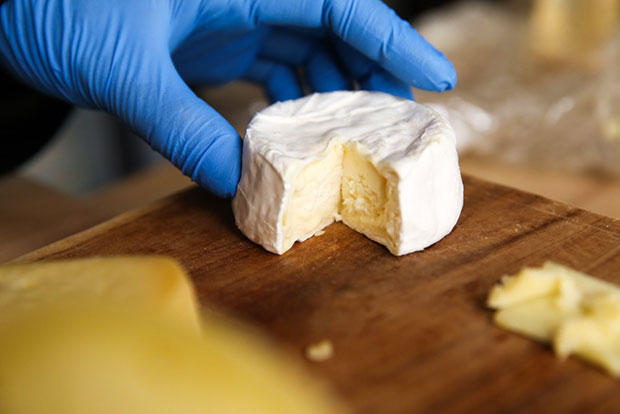 The superb Opal cheese with its creamy centre.