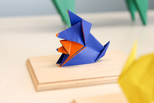 Do you see double with this origami dog from Makoto Yamaguchi that is folded by Kenneth Ch'ng?