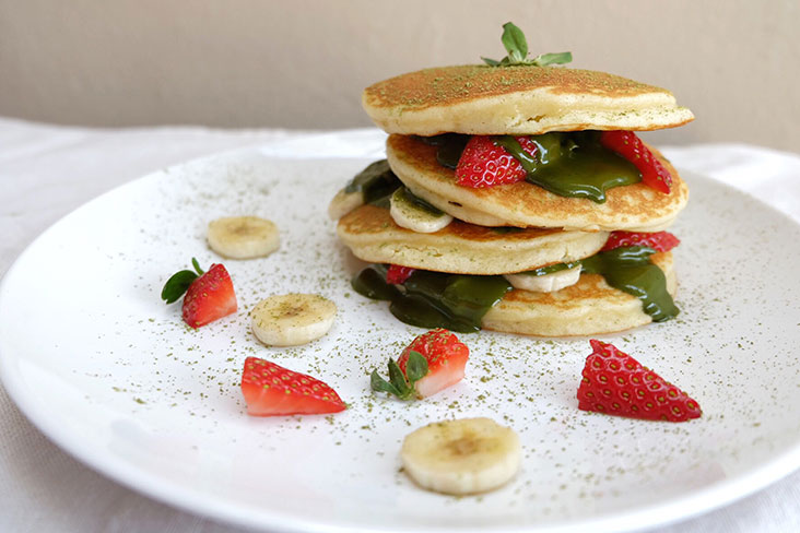 Enjoy the matcha taste, layered between fluffy pancakes.
