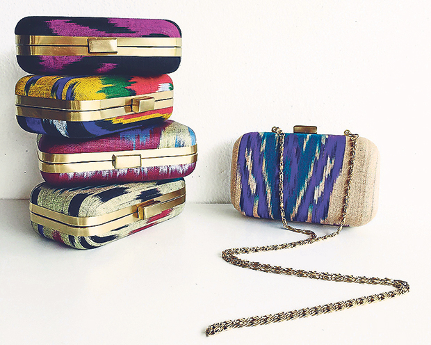 Jazz up your evening outfit with a Mini Tas Malam