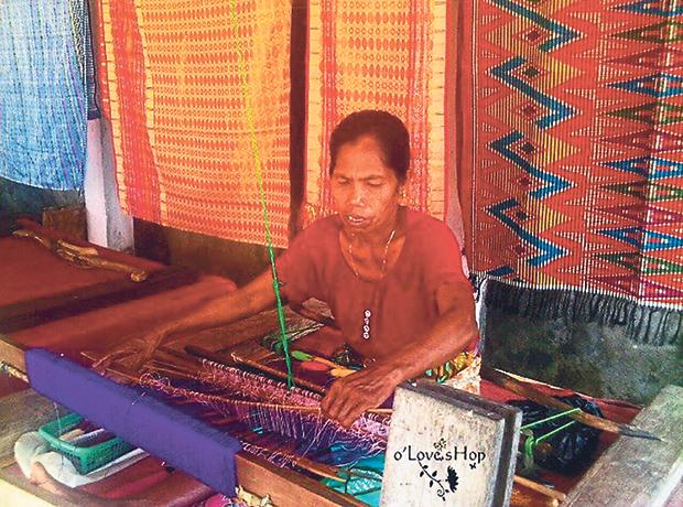 The rangrang originates from Lombok, Indonesia