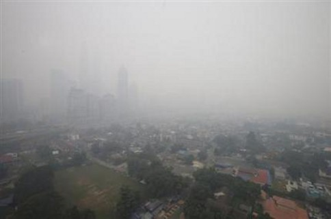 MetMalaysia says cross-border haze not expected to occur soon. — file pic