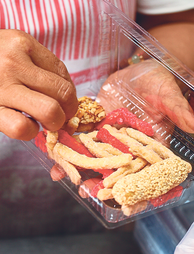 These snacks are popular with the Hokkiens for Chinese New Year