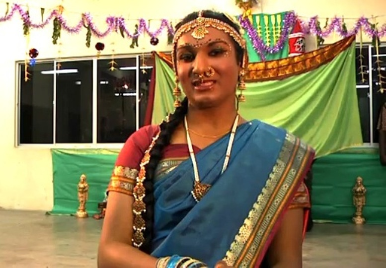 Sharan menerima hakikat dirinya seorang transgender.