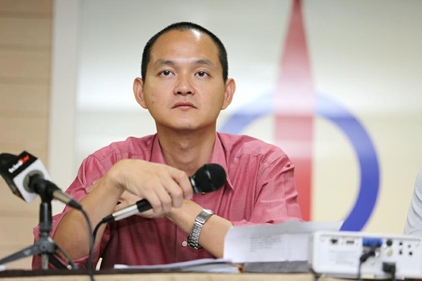 Ong said the charges of the Sales and Services Tax are 10 per cent and 6 per cent respectively and should not be added up as they are applicable to separate items. ― Picture by Choo Choy May
