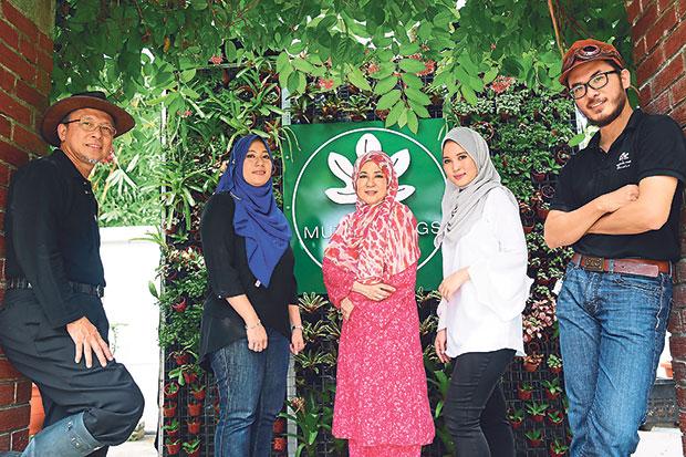 The family behind Mutiara Figs Garden (from left to right): Mohd Hilmi bin Yusoff, Ilani Hana Masturah, Faridah Hasni binti Ramli, Aliyaa Suraiya, Mohamed Fariz. – Pictures by Choo Choy May