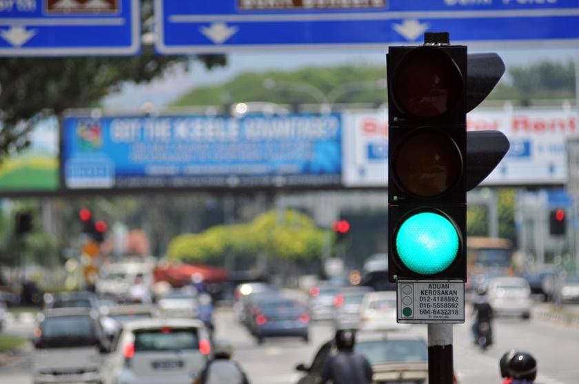 Penang has around 8,000 traffic lights, creating a start and stop system that is bad for the environment September 23, 2013. — Picture by K.E. Ooi