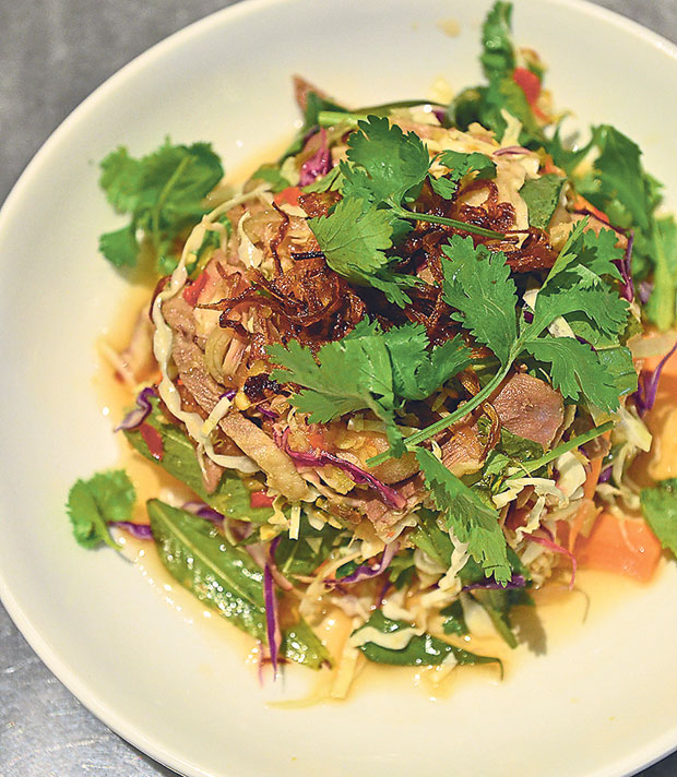 Boiled duck meat salad is a new addition to their menu; in this case SYW started to focus more on healthy options like salads, greens and soups
