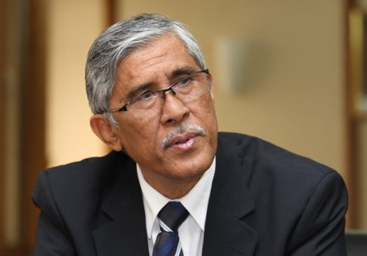 Tan Sri Abu Kassim Mohamed will continue to serve as an anti-corruption service officer until his mandatory retirement on December 6, 2020. ― File pic