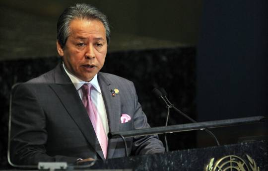 Malaysian Foreign Minister Datuk Seri Anifah Aman said he believed that not only Malaysia, but other countries like Asean's dialogue partners would raise the issue regarding the Rohingya Muslims. — Reuters pic