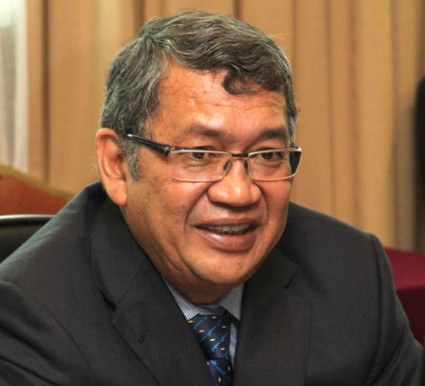 In a terse statement to Bernama, Tan Sri Abdul Gani Patail said he had been following media reports on the allegations against him.