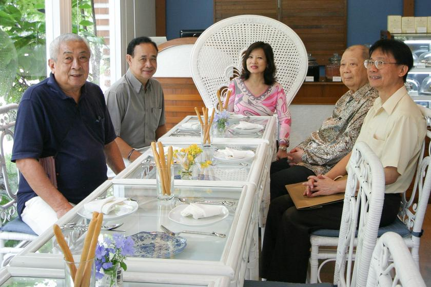 Ong was warmly met by the former Thai ambassador to Rome and his Penang-born wife at their Italian eatery in Bangkok over lunch in 2009. — Picture by Debra Chong