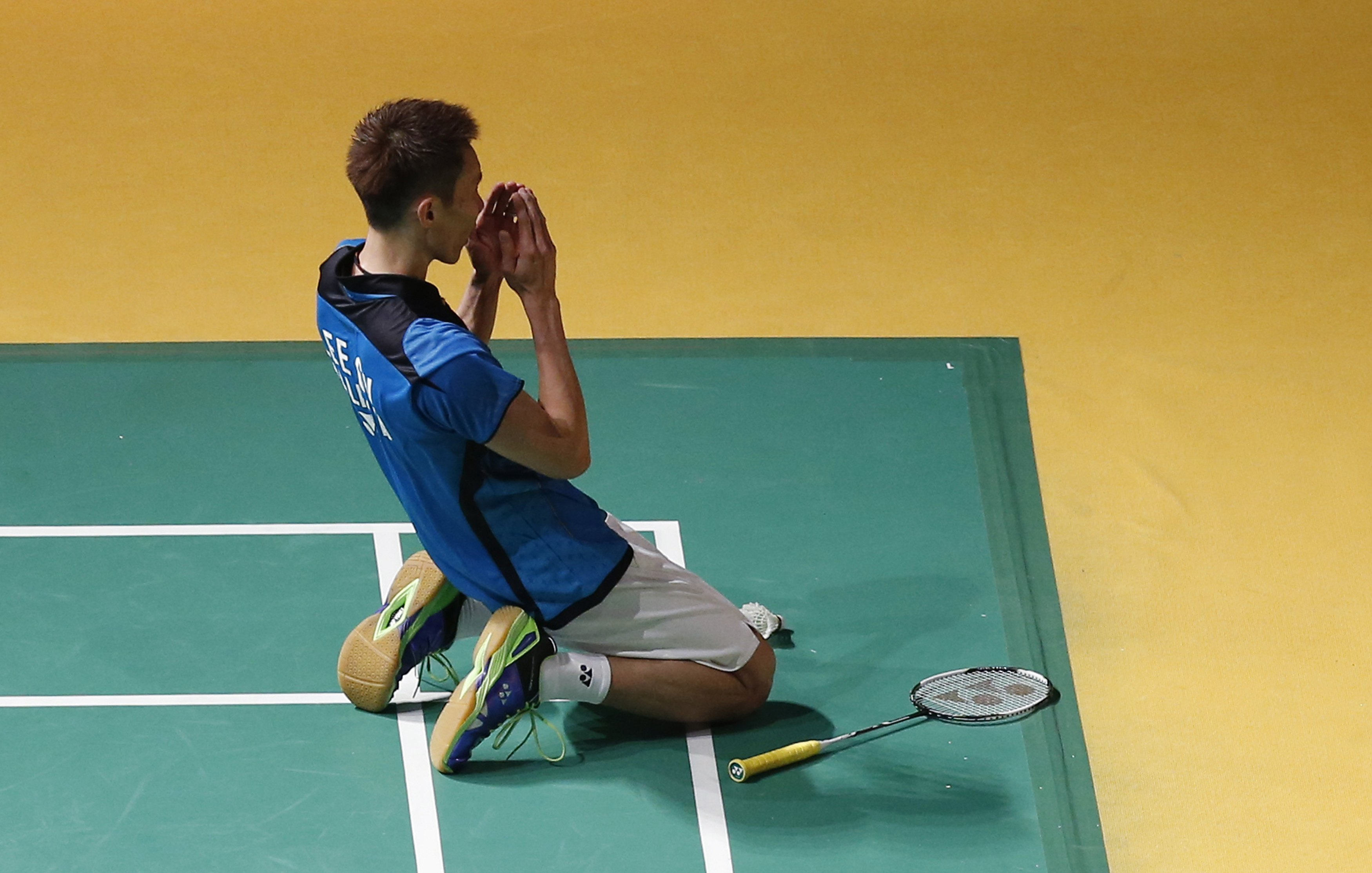 Lee Chong Wei of Malaysia reacts after winning the men's singles final match against Tommy Sugiarto of Indonesia at the Malaysian Open Super Series 2014 badminton tournament in Kuala Lumpur January 19, 2014. — Reuters pic