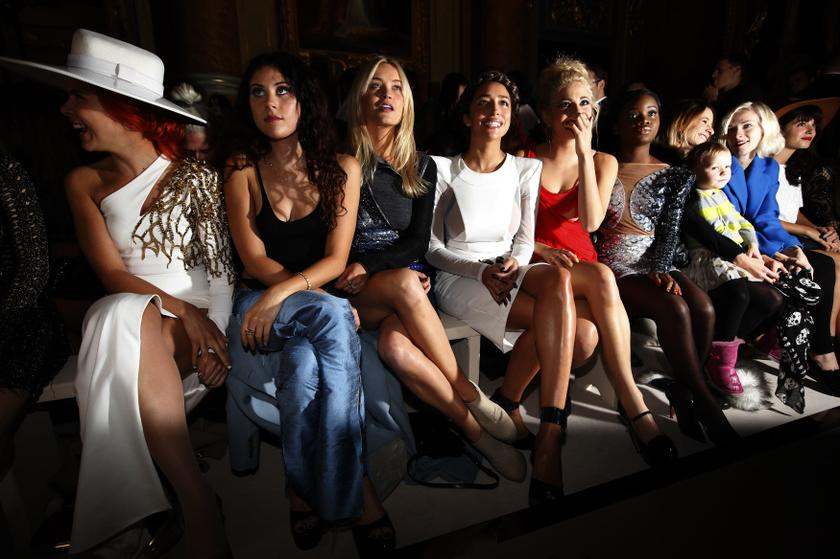 (From left) Singers Paloma Faith and Eliza Doolittle, presenter Laura Whitmore, and singers Delilah and Pixie Lott attend the Julien Macdonald Spring/Summer 2014 show during London Fashion Week September 14, 2013. – Reuters pic
