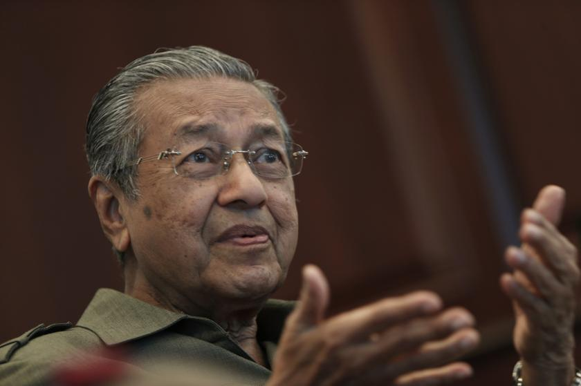 Mahathir hits out at the opposition leader in his latest entry on his blog yesterday. — Reuters pic