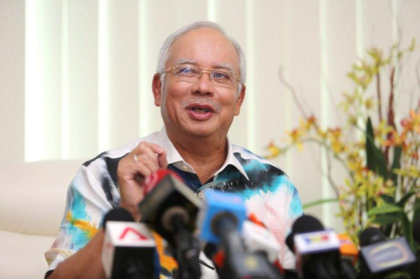 Najib said at the time, Petronas had just started operations in 1974 under a very different environment and generation. — Picture by Choo Choy May