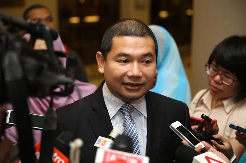 Rafizi claimed that this proves that Najib has the final say over any financial commitment undertaken by 1MDB. — FIle pic