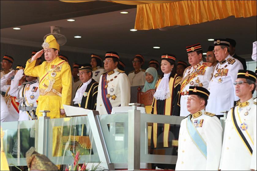Dr Ali will receive the first class award of the Darjah Kebesaran Seri Paduka Mahkota Selangor (S.P.M.S.).