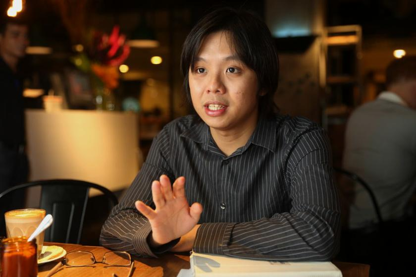 Civil liberties lawyer New Sin Yew said it was illegal for the Bar Council to make the training programme compulsory only for lawyers who have been in practise for five years or less, or those called to the Malaysian Bar from July 1, 2011, onwards. — File pic