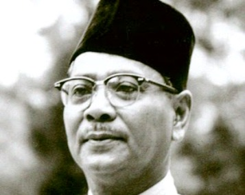The late Tunku Abdul Rahman Putra is regarded as a gift from God to this country to lead the Malays and Umno, then obtained independence for the country and was a leader for all the races.― File pic